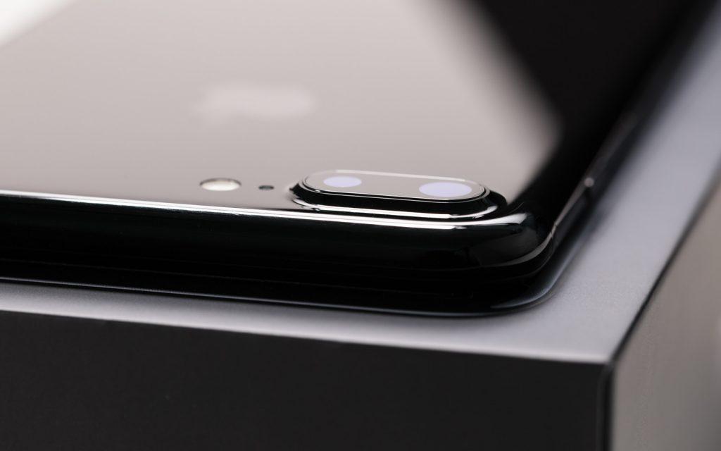 iPhone7Plusカメラレンズ